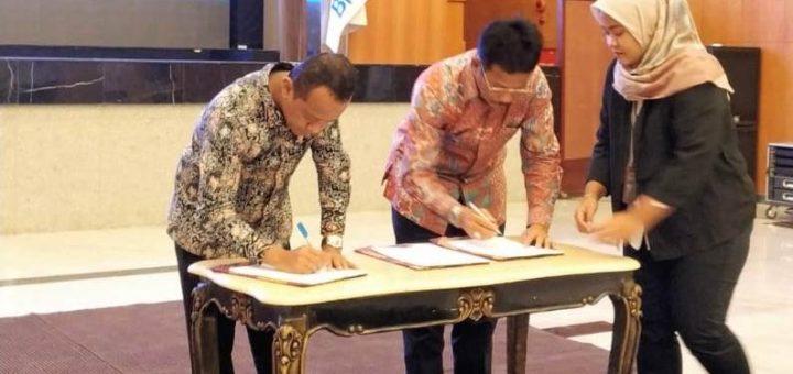 Pemerintah Kota Batam, BP KPBPB dengan BKPM menandatangani nota kesepahaman  tentang penyelenggaraan sistem online single submission (OSS)